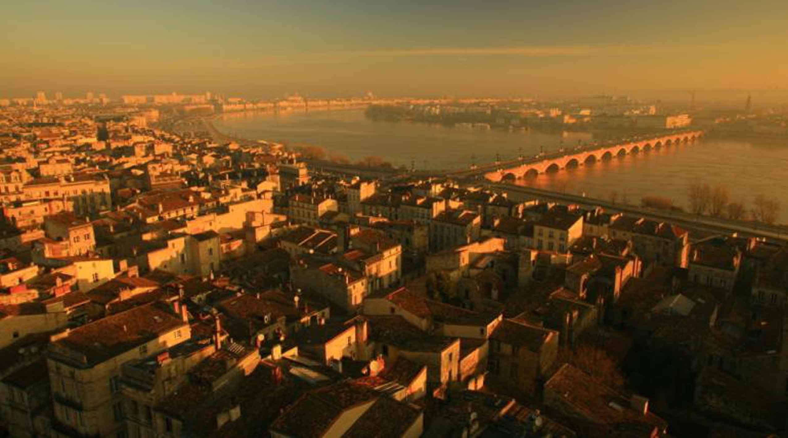 Francja – Bordeaux fetuje Garonnę