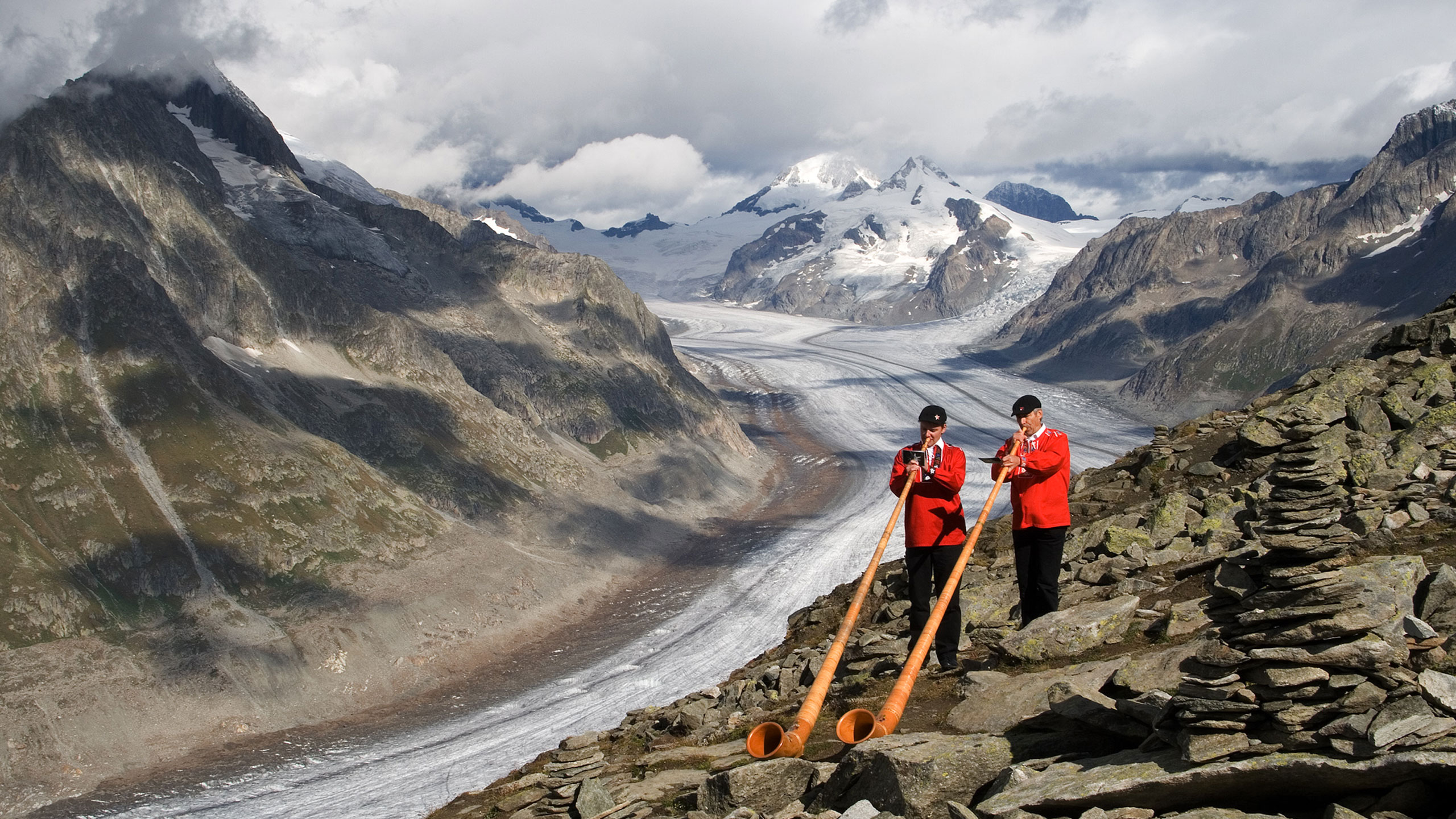 Szwajcaria – najdłuższy alpejski lodowiec