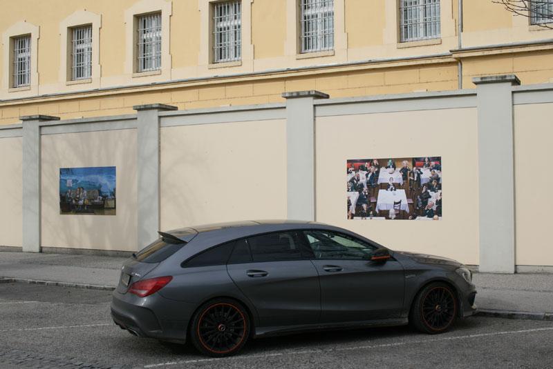 Mury więzienia w Stein zdobią karykatury z kolekcji miejscowego muzeum, fot. Paweł Wroński / Kliknij w zdjęcie - pobierz opis mercedesa CLA 45 AMG (materiały prasowe producenta z 2013 r.)