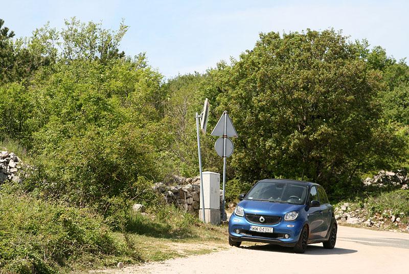 Smart ForFour z automatyczną skrzynią biegów, którym pod koniec kwietnia 2016 przemierzaliśmy Chorwację kontynentalną, wyspę Krk i Istrię, fot. Paweł Wroński