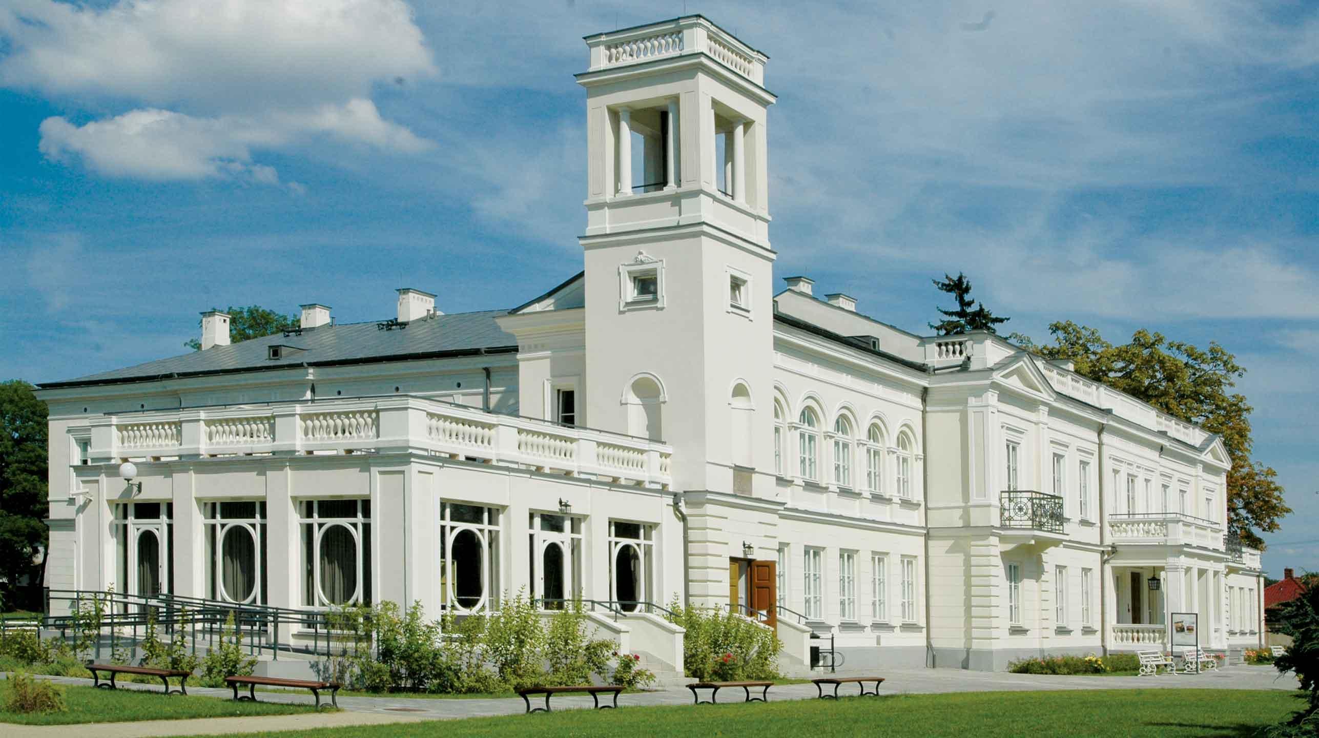 (Nie)znany pałac wSannikach